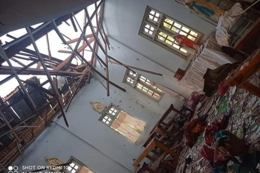 Four people were killed when the military fired shells at a church in Kayan Tharyar village in Loikaw